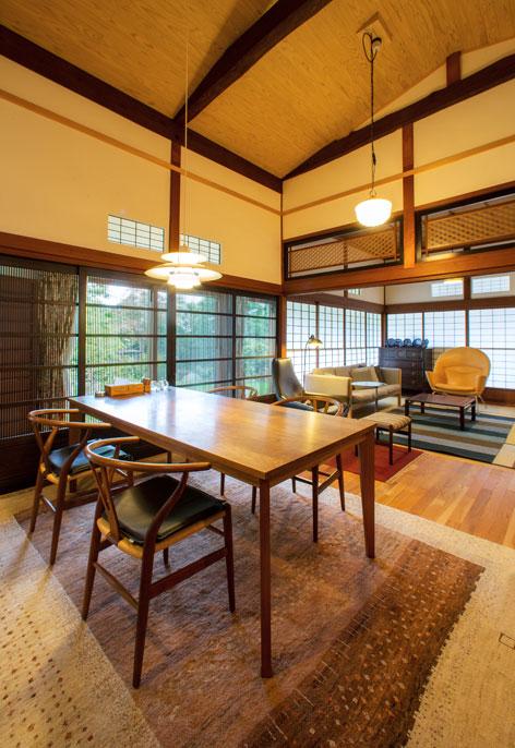 Carl Hansen Amp S 248 N Cases Private Residence Japan